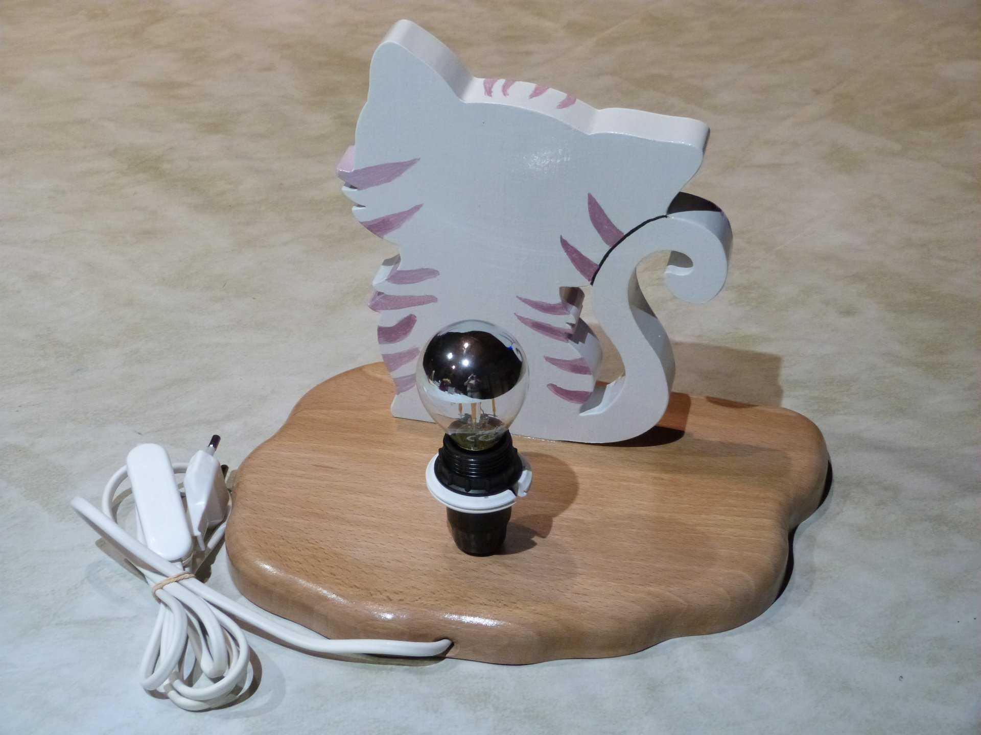 chat lampe 3